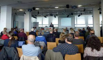 Prof. Dr. Ulrich Smeddinck referiert in Hannover